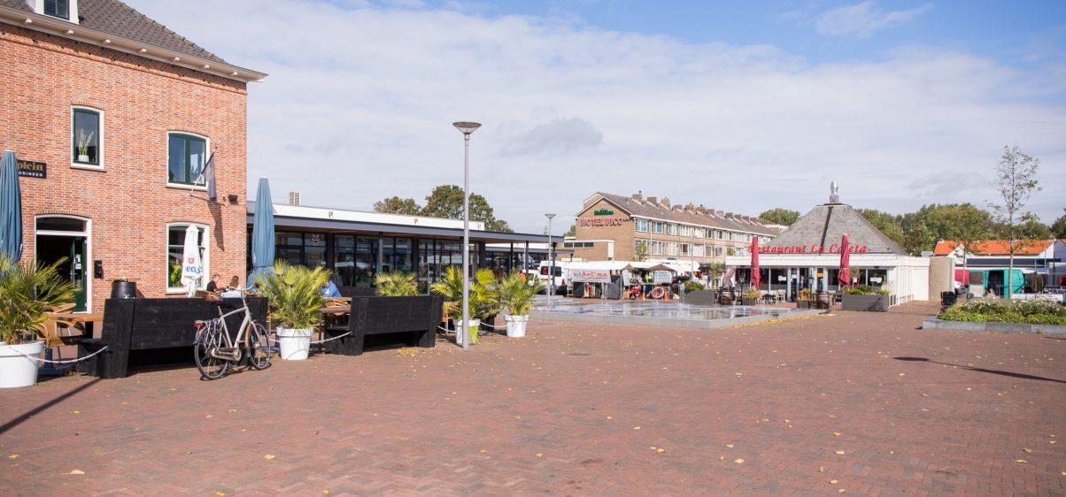 RJF_GEM_Rozenburg Raadhuisplein Marktplein 008